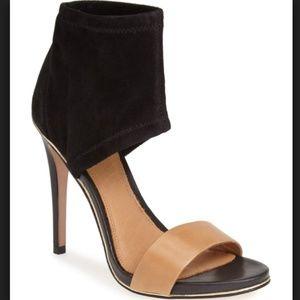 COACH Jennifer Suede Nude Sandals Pumps
